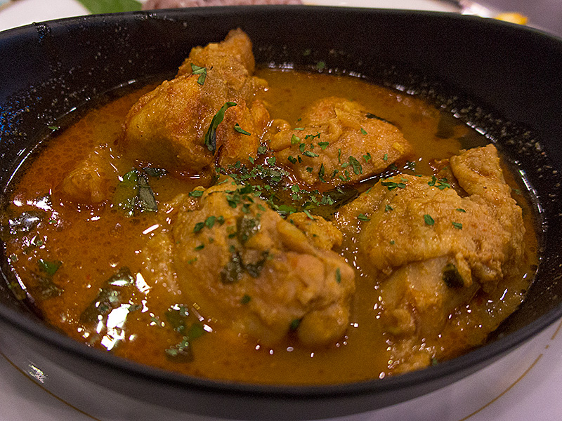 chiken_redcurry_z_oic130405