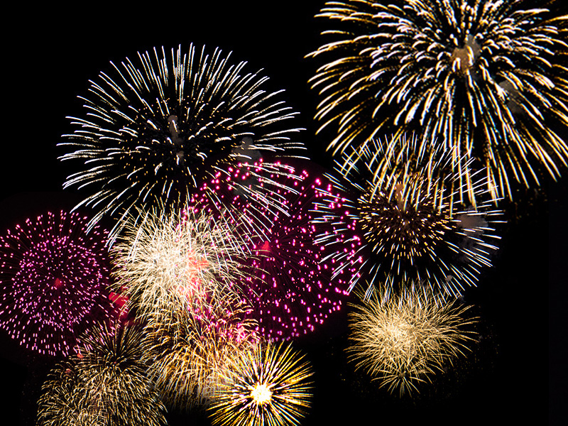 130810_16fireworks_collage